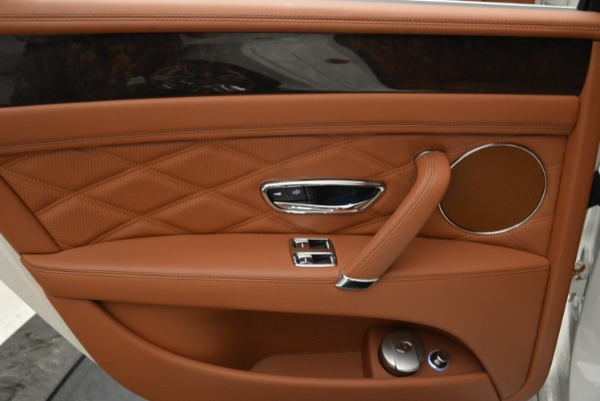 Used 2014 Bentley Flying Spur W12 for sale Sold at Rolls-Royce Motor Cars Greenwich in Greenwich CT 06830 26