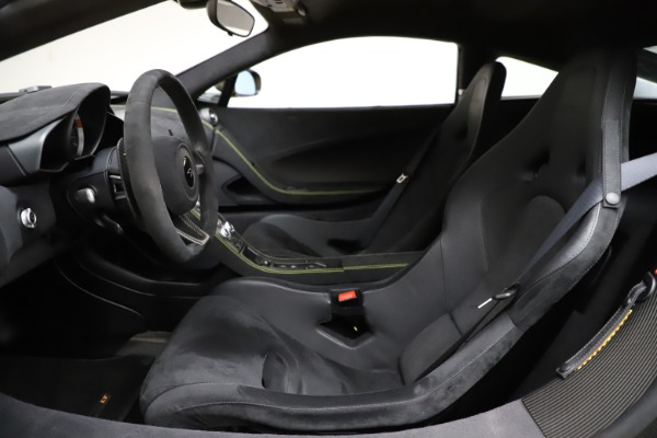 Used 2016 McLaren 675LT for sale $225,900 at Rolls-Royce Motor Cars Greenwich in Greenwich CT 06830 16