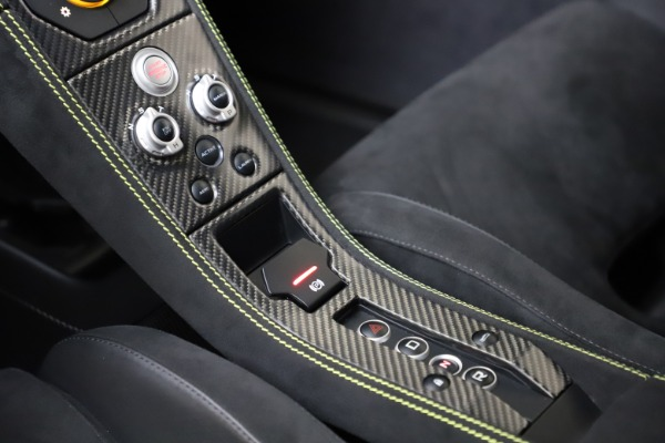 Used 2016 McLaren 675LT for sale $225,900 at Rolls-Royce Motor Cars Greenwich in Greenwich CT 06830 19