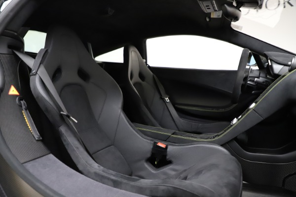 Used 2016 McLaren 675LT for sale $225,900 at Rolls-Royce Motor Cars Greenwich in Greenwich CT 06830 23
