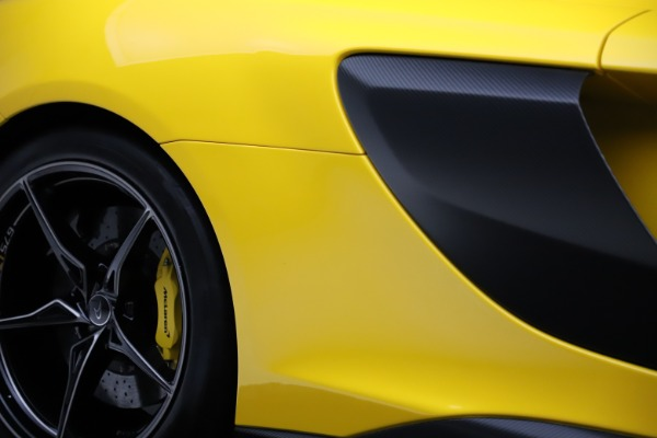Used 2016 McLaren 675LT for sale $225,900 at Rolls-Royce Motor Cars Greenwich in Greenwich CT 06830 27