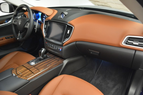 New 2018 Maserati Ghibli S Q4 for sale Sold at Rolls-Royce Motor Cars Greenwich in Greenwich CT 06830 19