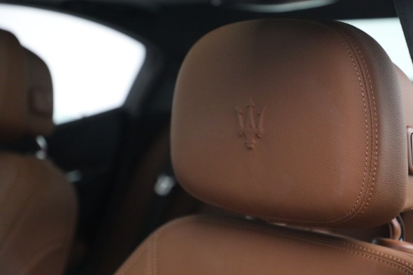 Used 2018 Maserati Ghibli S Q4 for sale $54,900 at Rolls-Royce Motor Cars Greenwich in Greenwich CT 06830 16