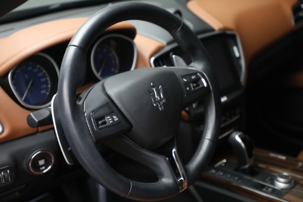 Used 2018 Maserati Ghibli S Q4 for sale $54,900 at Rolls-Royce Motor Cars Greenwich in Greenwich CT 06830 17