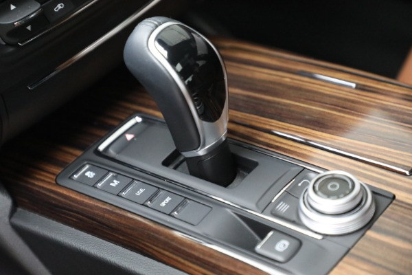 Used 2018 Maserati Ghibli S Q4 for sale $54,900 at Rolls-Royce Motor Cars Greenwich in Greenwich CT 06830 18