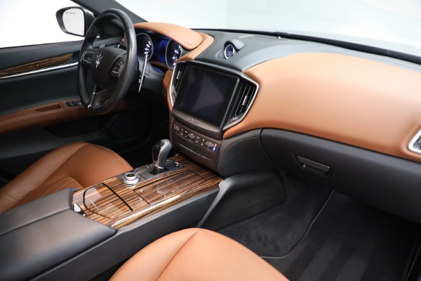 Used 2018 Maserati Ghibli S Q4 for sale $54,900 at Rolls-Royce Motor Cars Greenwich in Greenwich CT 06830 25