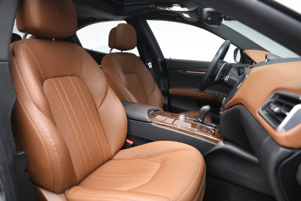 Used 2018 Maserati Ghibli S Q4 for sale $54,900 at Rolls-Royce Motor Cars Greenwich in Greenwich CT 06830 27