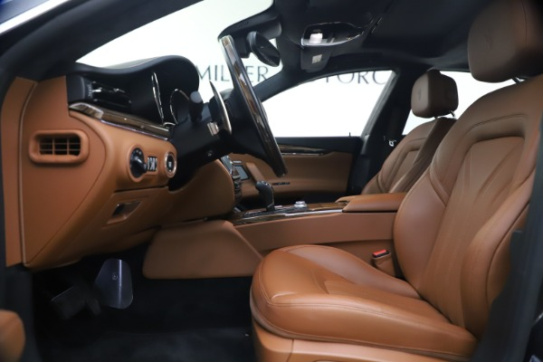 Used 2018 Maserati Quattroporte S Q4 GranLusso for sale $69,900 at Rolls-Royce Motor Cars Greenwich in Greenwich CT 06830 15