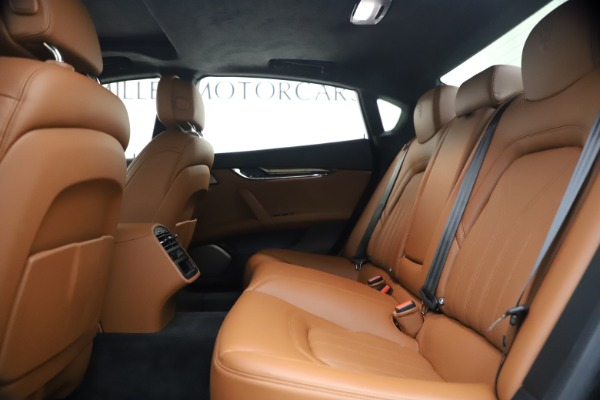 Used 2018 Maserati Quattroporte S Q4 GranLusso for sale $69,900 at Rolls-Royce Motor Cars Greenwich in Greenwich CT 06830 19