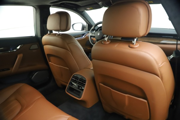Used 2018 Maserati Quattroporte S Q4 GranLusso for sale $69,900 at Rolls-Royce Motor Cars Greenwich in Greenwich CT 06830 26