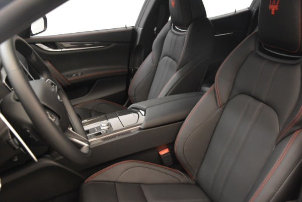 Used 2018 Maserati Ghibli S Q4 Gransport for sale $55,900 at Rolls-Royce Motor Cars Greenwich in Greenwich CT 06830 16