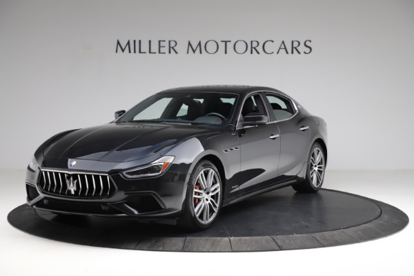 Used 2018 Maserati Ghibli S Q4 Gransport for sale $55,900 at Rolls-Royce Motor Cars Greenwich in Greenwich CT 06830 2