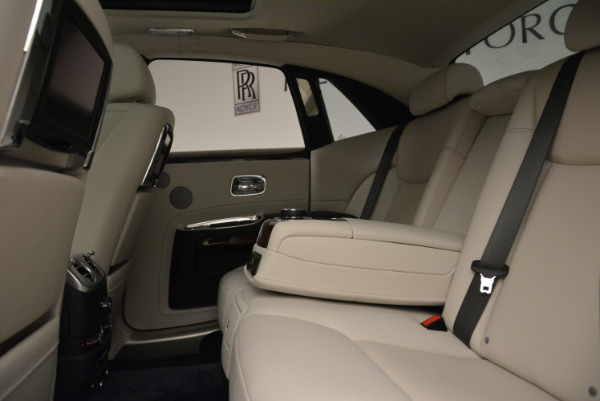 Used 2015 Rolls-Royce Ghost for sale Sold at Rolls-Royce Motor Cars Greenwich in Greenwich CT 06830 26