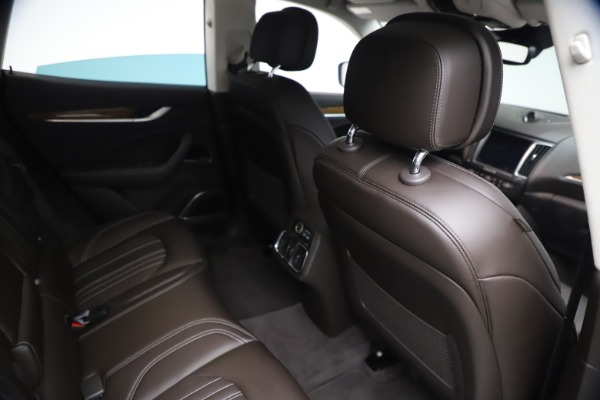 Used 2018 Maserati Levante S Q4 GranLusso for sale $67,900 at Rolls-Royce Motor Cars Greenwich in Greenwich CT 06830 23