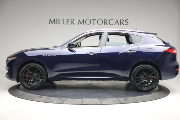 New 2018 Maserati Levante S Q4 GranLusso for sale Sold at Rolls-Royce Motor Cars Greenwich in Greenwich CT 06830 3