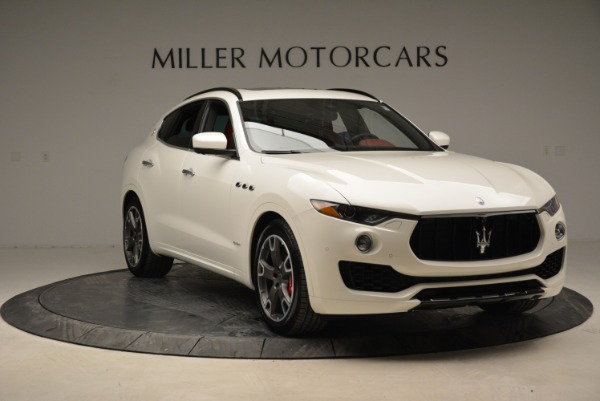 New 2018 Maserati Levante S Q4 Gransport for sale Sold at Rolls-Royce Motor Cars Greenwich in Greenwich CT 06830 17