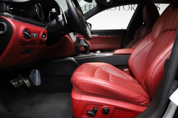 Used 2018 Maserati Quattroporte S Q4 GranSport for sale $67,900 at Rolls-Royce Motor Cars Greenwich in Greenwich CT 06830 14