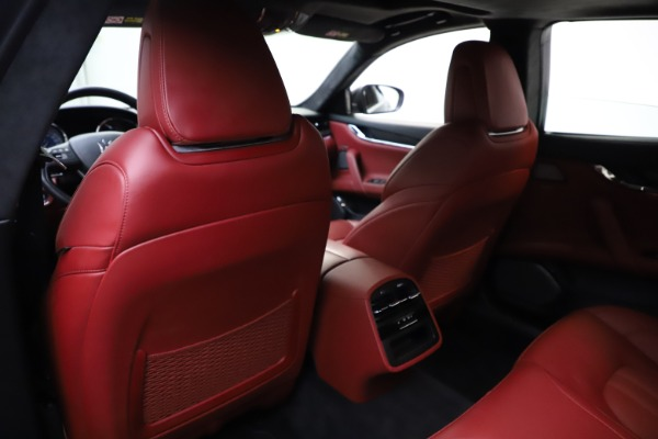 Used 2018 Maserati Quattroporte S Q4 GranSport for sale $67,900 at Rolls-Royce Motor Cars Greenwich in Greenwich CT 06830 20