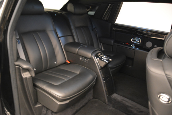Used 2014 Rolls-Royce Phantom EWB for sale Sold at Rolls-Royce Motor Cars Greenwich in Greenwich CT 06830 14