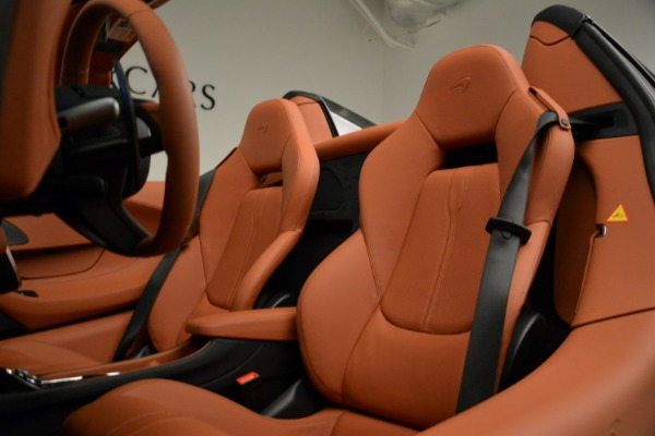 New 2018 McLaren 570S Spider for sale Sold at Rolls-Royce Motor Cars Greenwich in Greenwich CT 06830 27