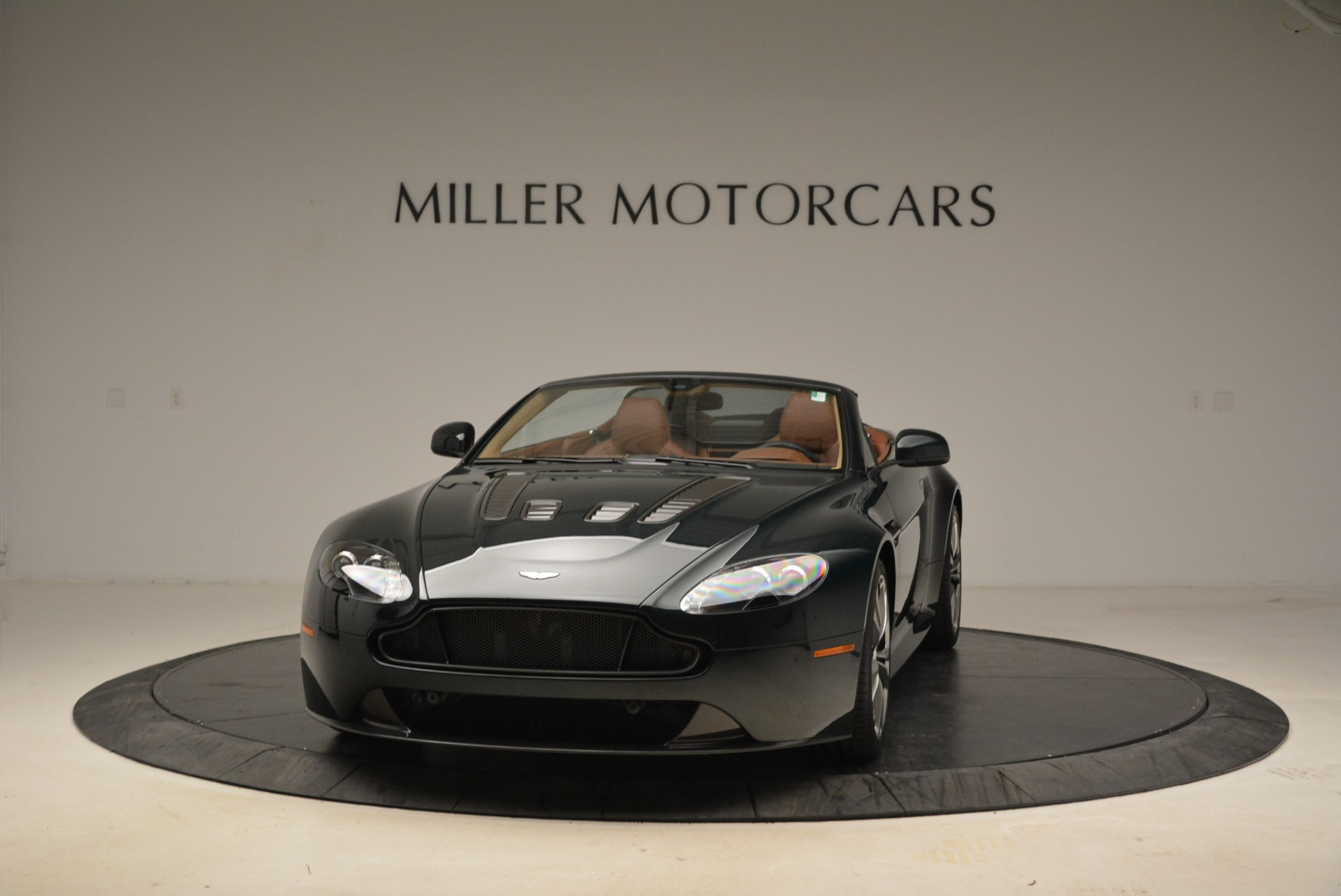 Used 2017 Aston Martin V12 Vantage S Roadster for sale Sold at Rolls-Royce Motor Cars Greenwich in Greenwich CT 06830 1