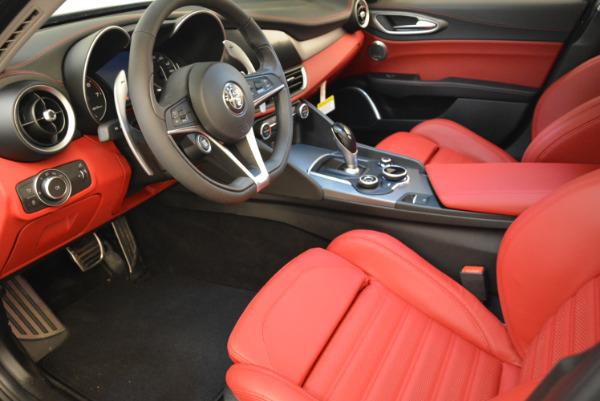 New 2018 Alfa Romeo Giulia Ti Sport Q4 for sale Sold at Rolls-Royce Motor Cars Greenwich in Greenwich CT 06830 13