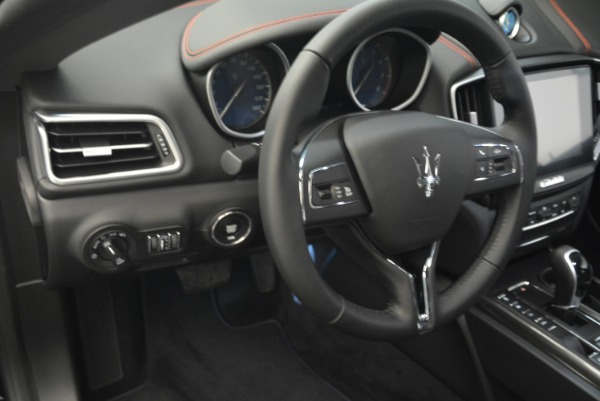 New 2018 Maserati Ghibli S Q4 for sale Sold at Rolls-Royce Motor Cars Greenwich in Greenwich CT 06830 17