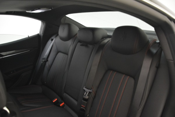 New 2018 Maserati Ghibli S Q4 for sale Sold at Rolls-Royce Motor Cars Greenwich in Greenwich CT 06830 21