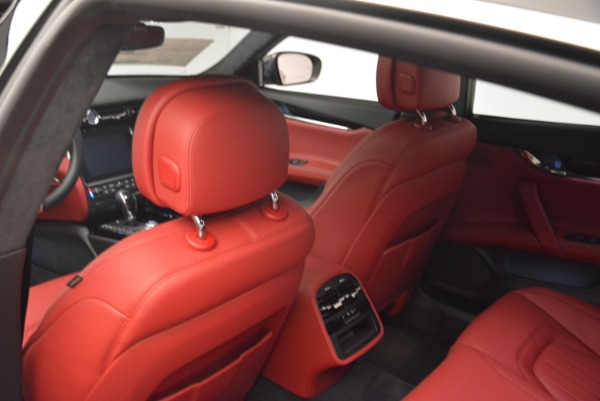 New 2018 Maserati Quattroporte S Q4 GranLusso for sale Sold at Rolls-Royce Motor Cars Greenwich in Greenwich CT 06830 20