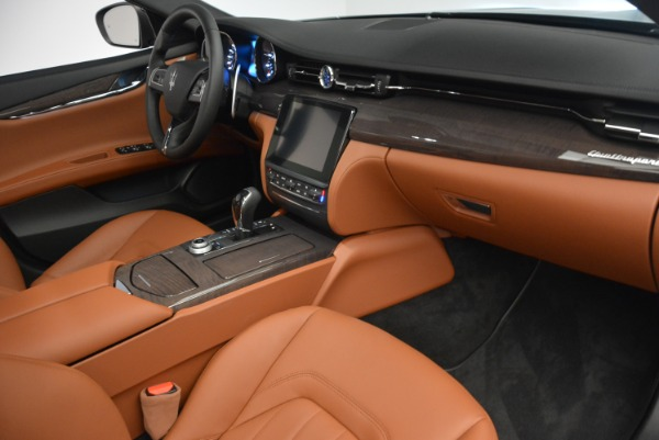 New 2018 Maserati Quattroporte S Q4 for sale Sold at Rolls-Royce Motor Cars Greenwich in Greenwich CT 06830 17