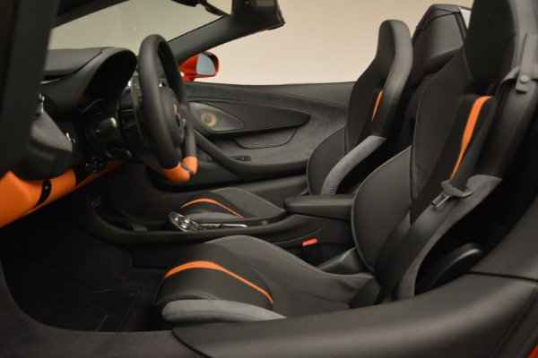 New 2018 McLaren 570S Spider for sale Sold at Rolls-Royce Motor Cars Greenwich in Greenwich CT 06830 26