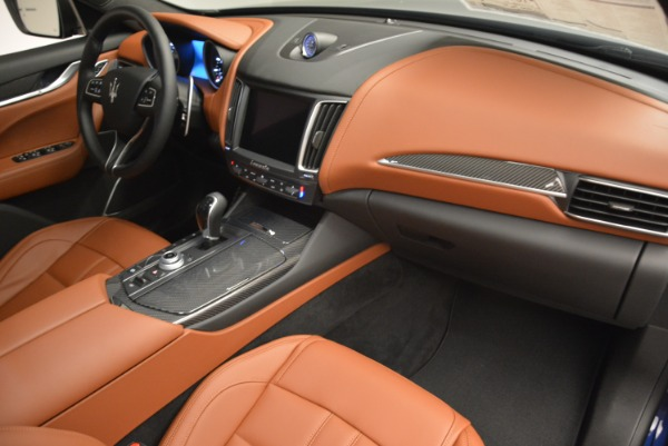 New 2018 Maserati Levante Q4 GranSport for sale Sold at Rolls-Royce Motor Cars Greenwich in Greenwich CT 06830 23