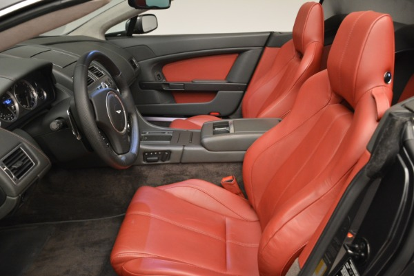 Used 2009 Aston Martin V8 Vantage Roadster for sale Sold at Rolls-Royce Motor Cars Greenwich in Greenwich CT 06830 25