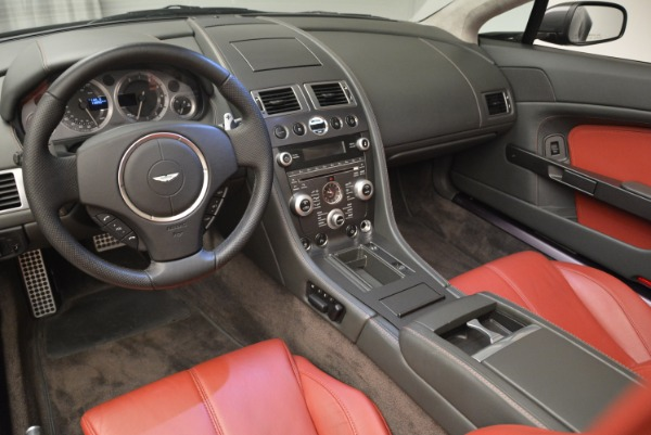 Used 2009 Aston Martin V8 Vantage Roadster for sale Sold at Rolls-Royce Motor Cars Greenwich in Greenwich CT 06830 26