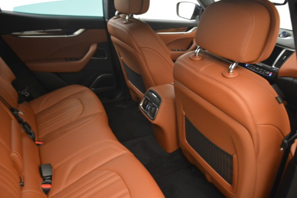 New 2018 Maserati Levante S Q4 GranLusso for sale Sold at Rolls-Royce Motor Cars Greenwich in Greenwich CT 06830 23