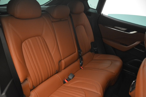 New 2018 Maserati Levante S Q4 GranLusso for sale Sold at Rolls-Royce Motor Cars Greenwich in Greenwich CT 06830 25