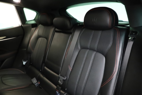 Used 2018 Maserati Levante Q4 GranSport for sale $53,900 at Rolls-Royce Motor Cars Greenwich in Greenwich CT 06830 21