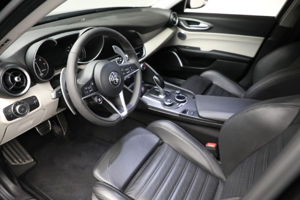 Used 2018 Alfa Romeo Giulia Ti Sport Q4 for sale $34,900 at Rolls-Royce Motor Cars Greenwich in Greenwich CT 06830 12