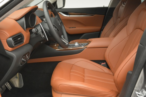 New 2018 Maserati Levante Q4 GranSport for sale Sold at Rolls-Royce Motor Cars Greenwich in Greenwich CT 06830 19