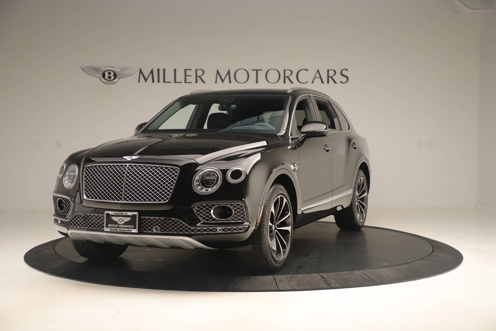 Used 2018 Bentley Bentayga W12 Signature for sale Sold at Rolls-Royce Motor Cars Greenwich in Greenwich CT 06830 1