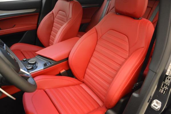New 2018 Alfa Romeo Stelvio Ti Sport Q4 for sale Sold at Rolls-Royce Motor Cars Greenwich in Greenwich CT 06830 18
