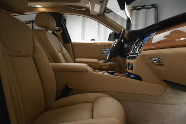 Used 2018 Rolls-Royce Ghost for sale Sold at Rolls-Royce Motor Cars Greenwich in Greenwich CT 06830 27