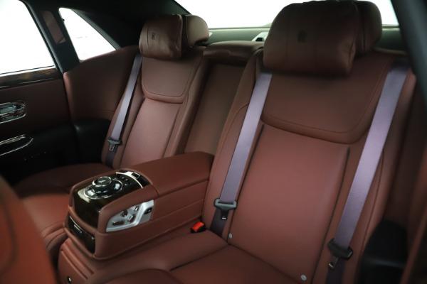 Used 2016 Rolls-Royce Ghost for sale $176,900 at Rolls-Royce Motor Cars Greenwich in Greenwich CT 06830 15