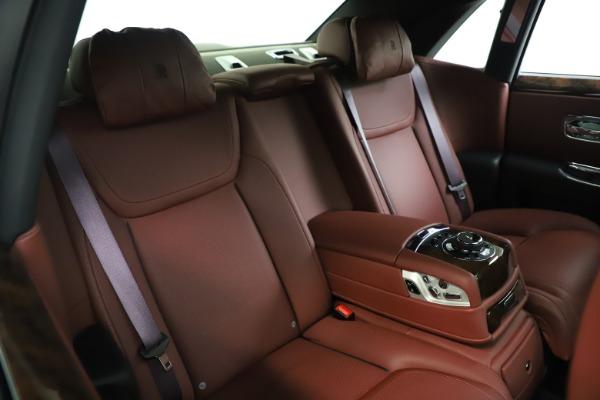 Used 2016 Rolls-Royce Ghost for sale $176,900 at Rolls-Royce Motor Cars Greenwich in Greenwich CT 06830 16