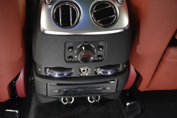 Used 2016 Rolls-Royce Ghost for sale $176,900 at Rolls-Royce Motor Cars Greenwich in Greenwich CT 06830 28