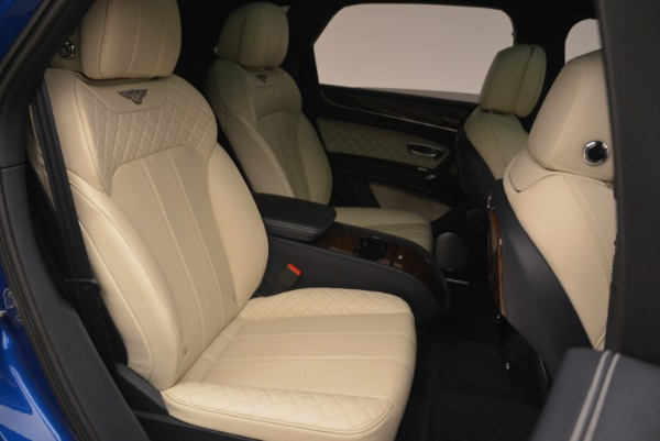 Used 2018 Bentley Bentayga W12 Signature for sale Sold at Rolls-Royce Motor Cars Greenwich in Greenwich CT 06830 25