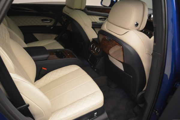 Used 2018 Bentley Bentayga W12 Signature for sale Sold at Rolls-Royce Motor Cars Greenwich in Greenwich CT 06830 26