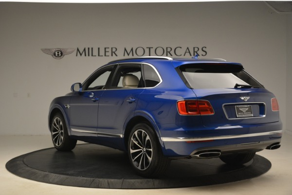 Used 2018 Bentley Bentayga W12 Signature for sale $169,900 at Rolls-Royce Motor Cars Greenwich in Greenwich CT 06830 5
