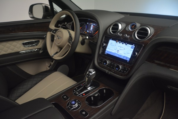 Used 2018 Bentley Bentayga Activity Edition for sale $154,900 at Rolls-Royce Motor Cars Greenwich in Greenwich CT 06830 25