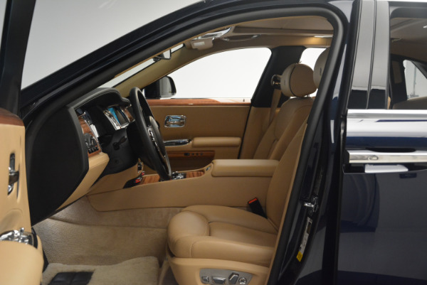 Used 2015 Rolls-Royce Ghost for sale Sold at Rolls-Royce Motor Cars Greenwich in Greenwich CT 06830 23